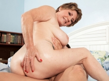 69-year-old Bea copulates 25-year-old Johnny