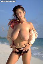 Devon Daniels, Breasty Legend