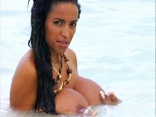 SCORE Classics : Angelique On The Beach